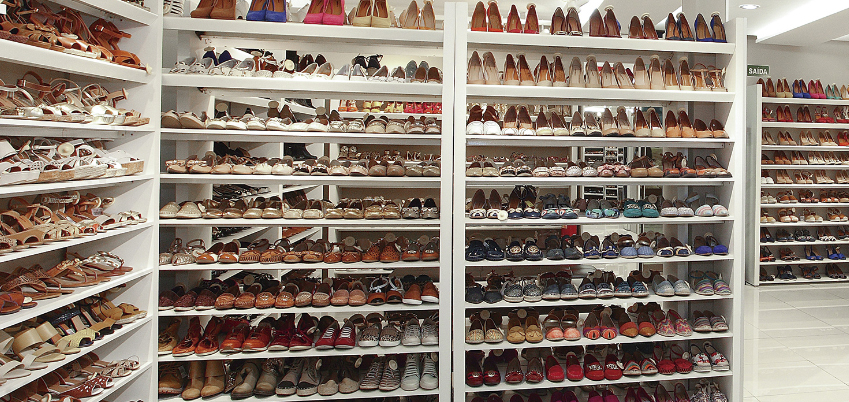 self-shoes